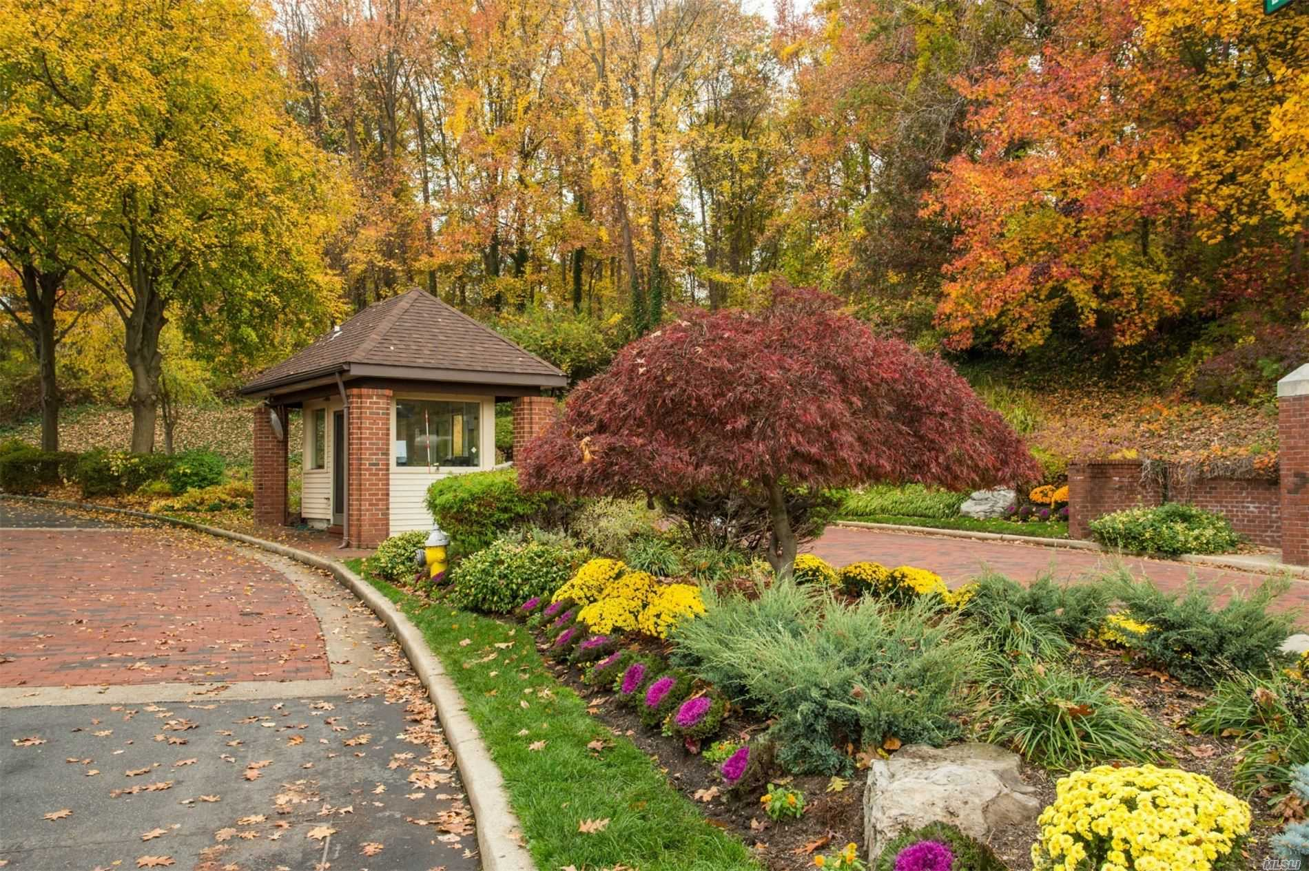 Residential Lease Gosling Hill Drive  Nassau, NY 11030, MLS-3222445-6