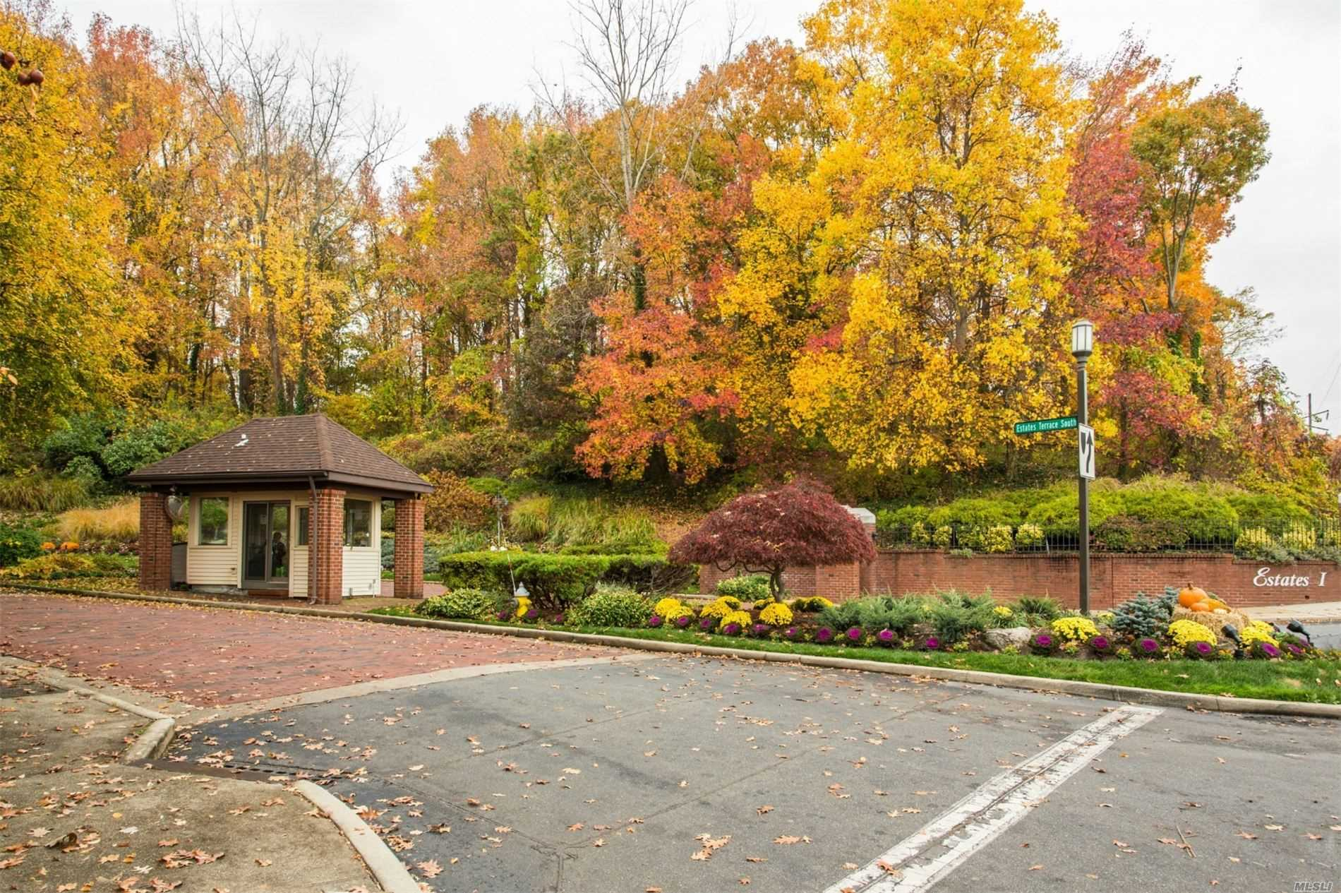Residential Lease Gosling Hill Drive  Nassau, NY 11030, MLS-3222445-4