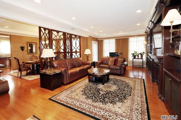 Property for sale at 284 Roosevelt Way, Westbury,  New York 11590