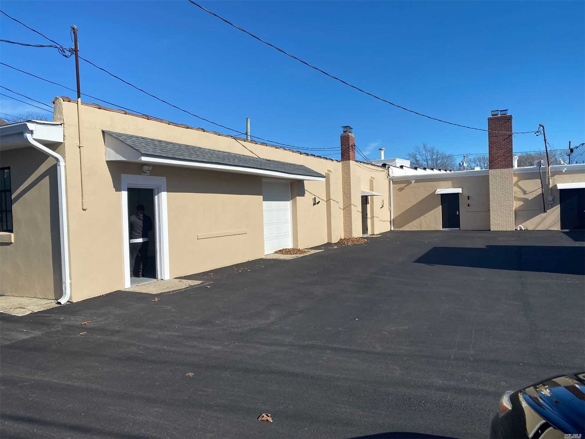 208 Medford Avenue, Patchogue, New York 11772, ,Commercial,For Sale,Medford,3223848