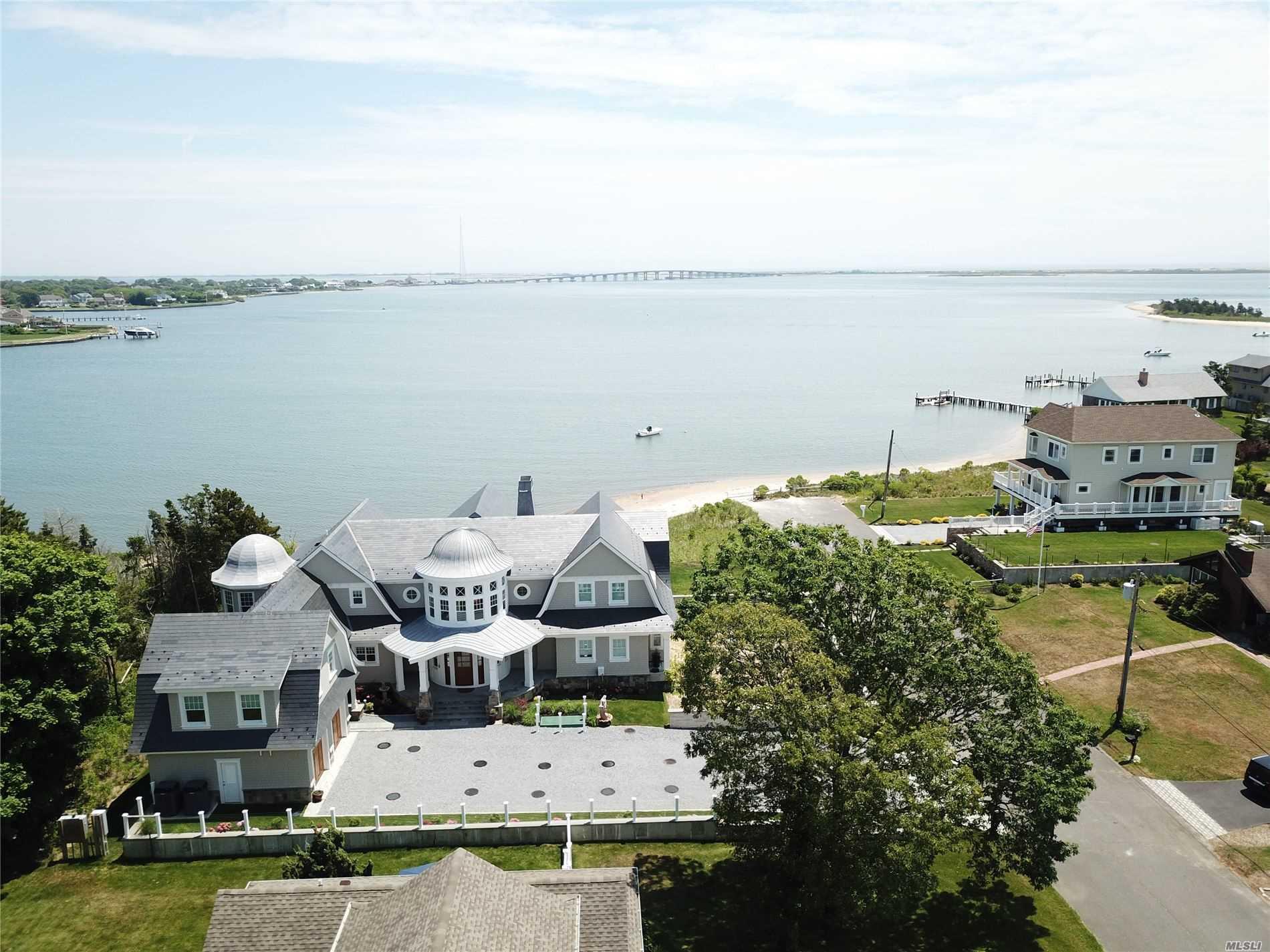 17 Ludlow Lane, Hampton Bays, New York 11946, 5 Bedrooms Bedrooms, ,5 BathroomsBathrooms,Residential,For Rent,Ludlow,3224326