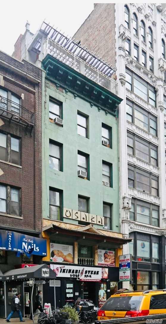 37 W 46 Street, New York, NY 10036