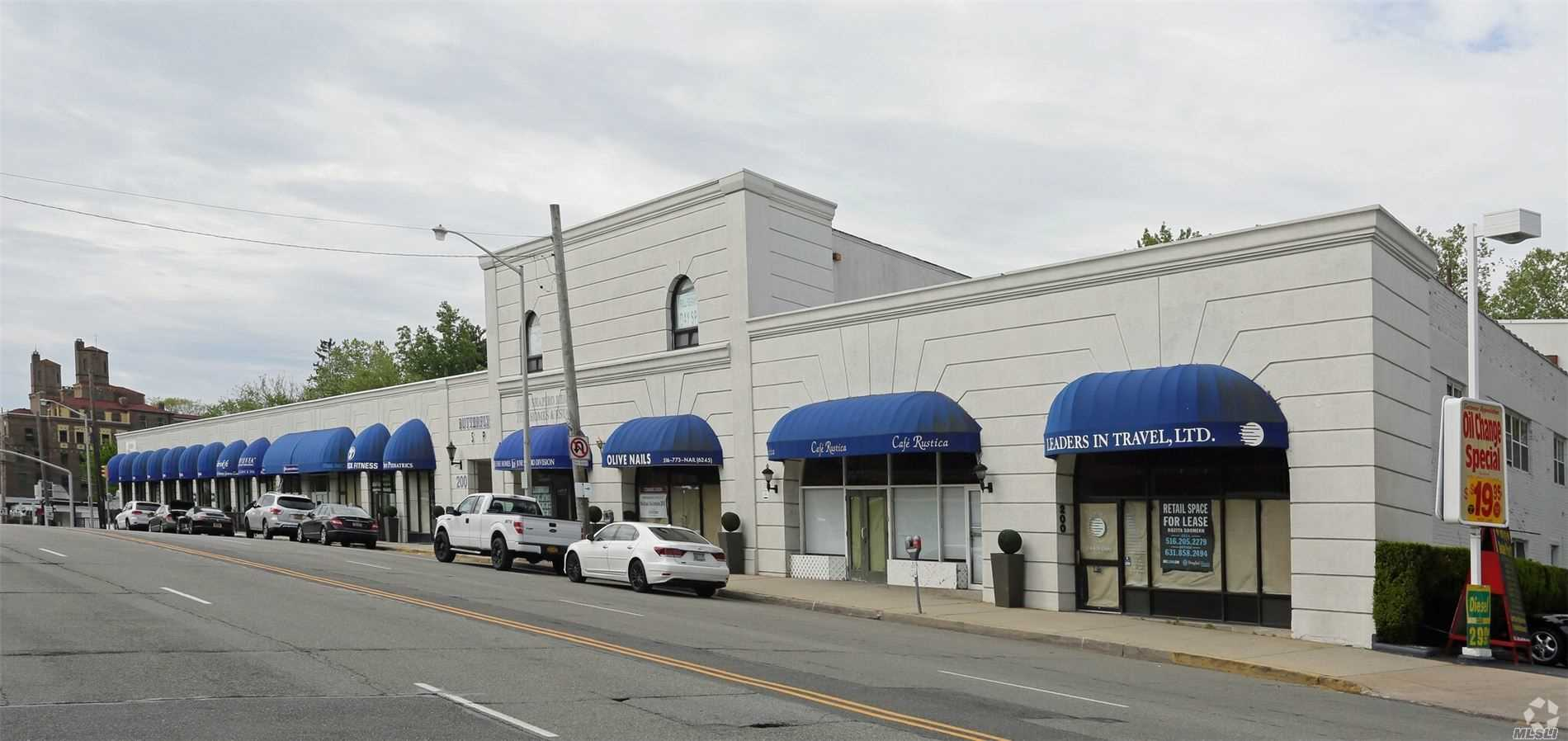 Commercial Lease in Great Neck - Middle Neck Road  Nassau, NY 11023