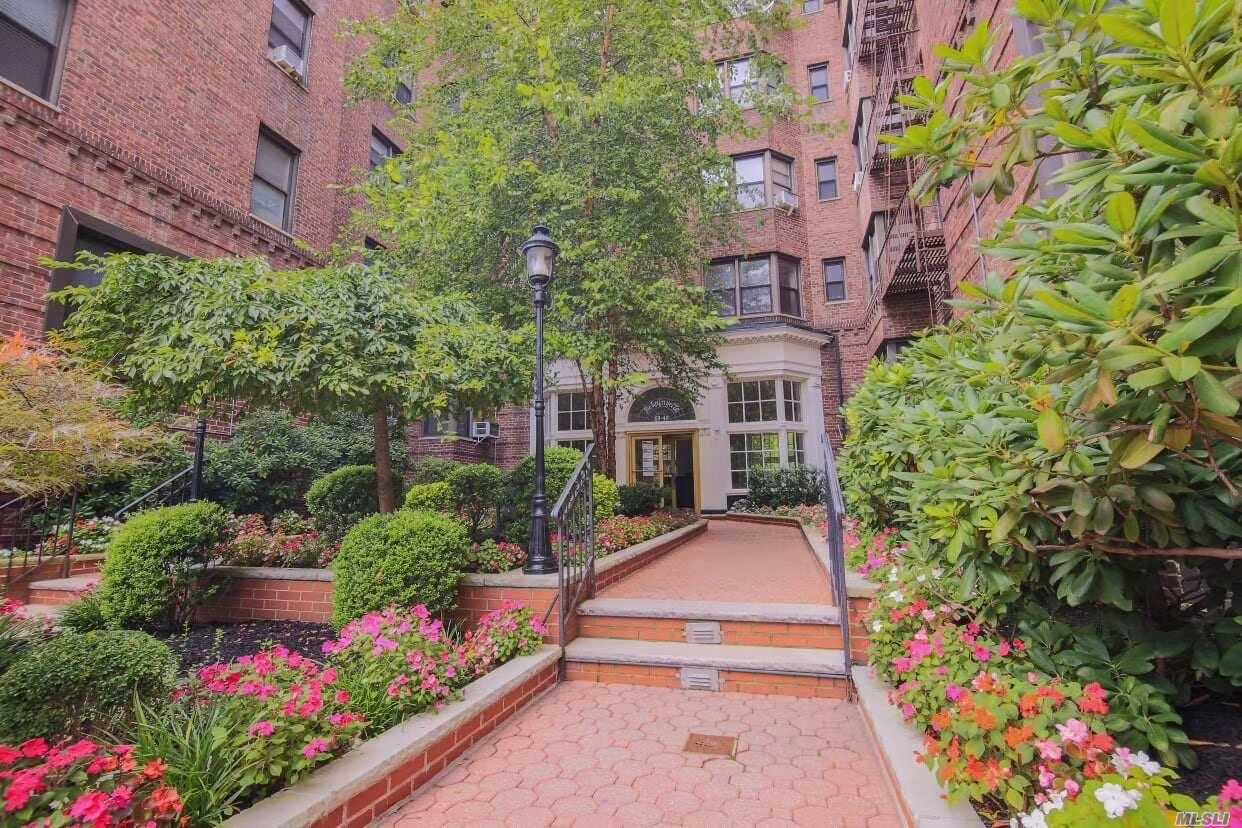 69-40 YELLOWSTONE BOULEVARD #509, FOREST HILLS, NY 11375