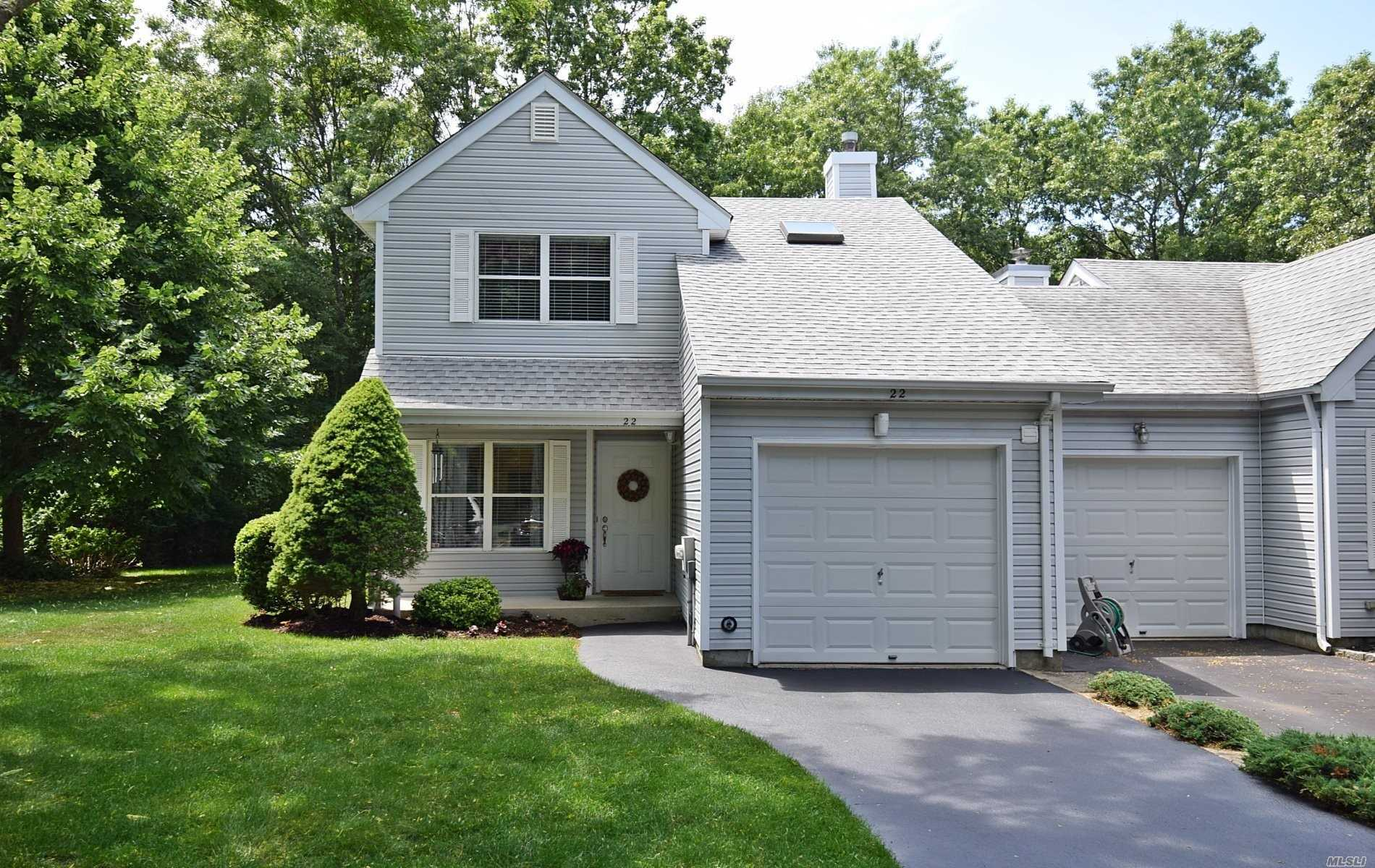 Property for sale at 22 Lindsey Court, Holtsville,  New York 11742
