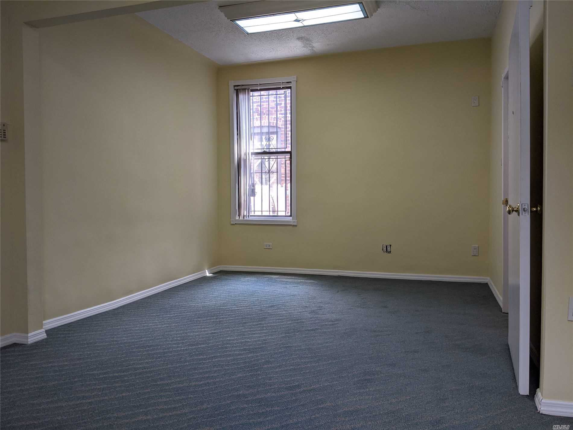 Commercial Lease Roosevelt Avenue  Queens, NY 11372, MLS-3226653-2