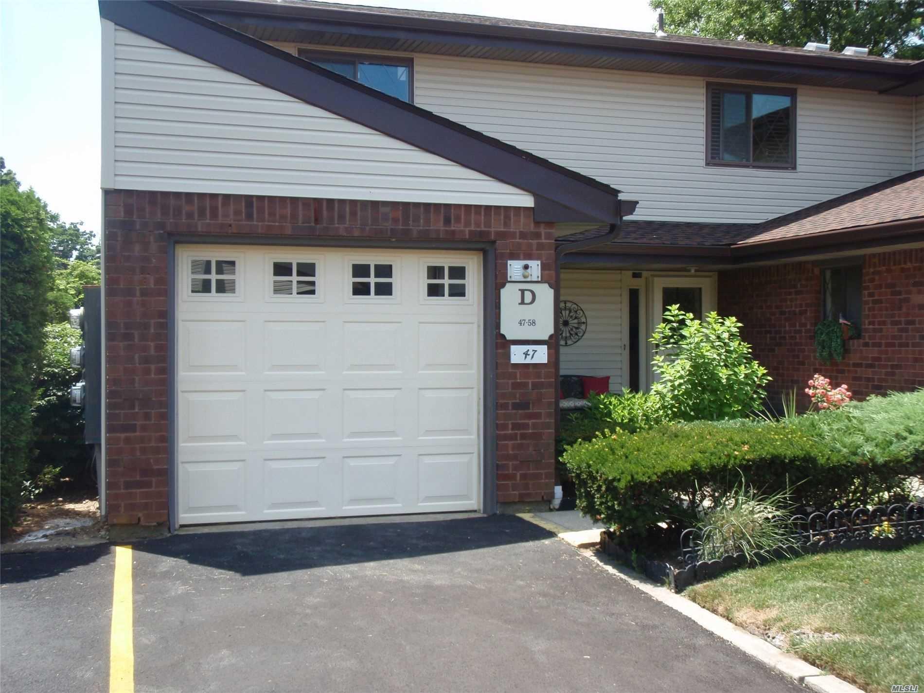 Property for sale at 47 W Cambridge Drive Unit: 47, Copiague,  New York 1