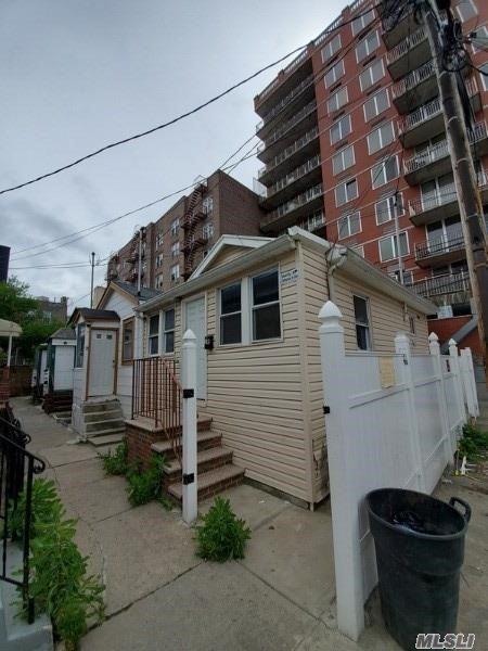 Single Family in Brighton Beach - Banner 3 Terrace  Brooklyn, NY 11235