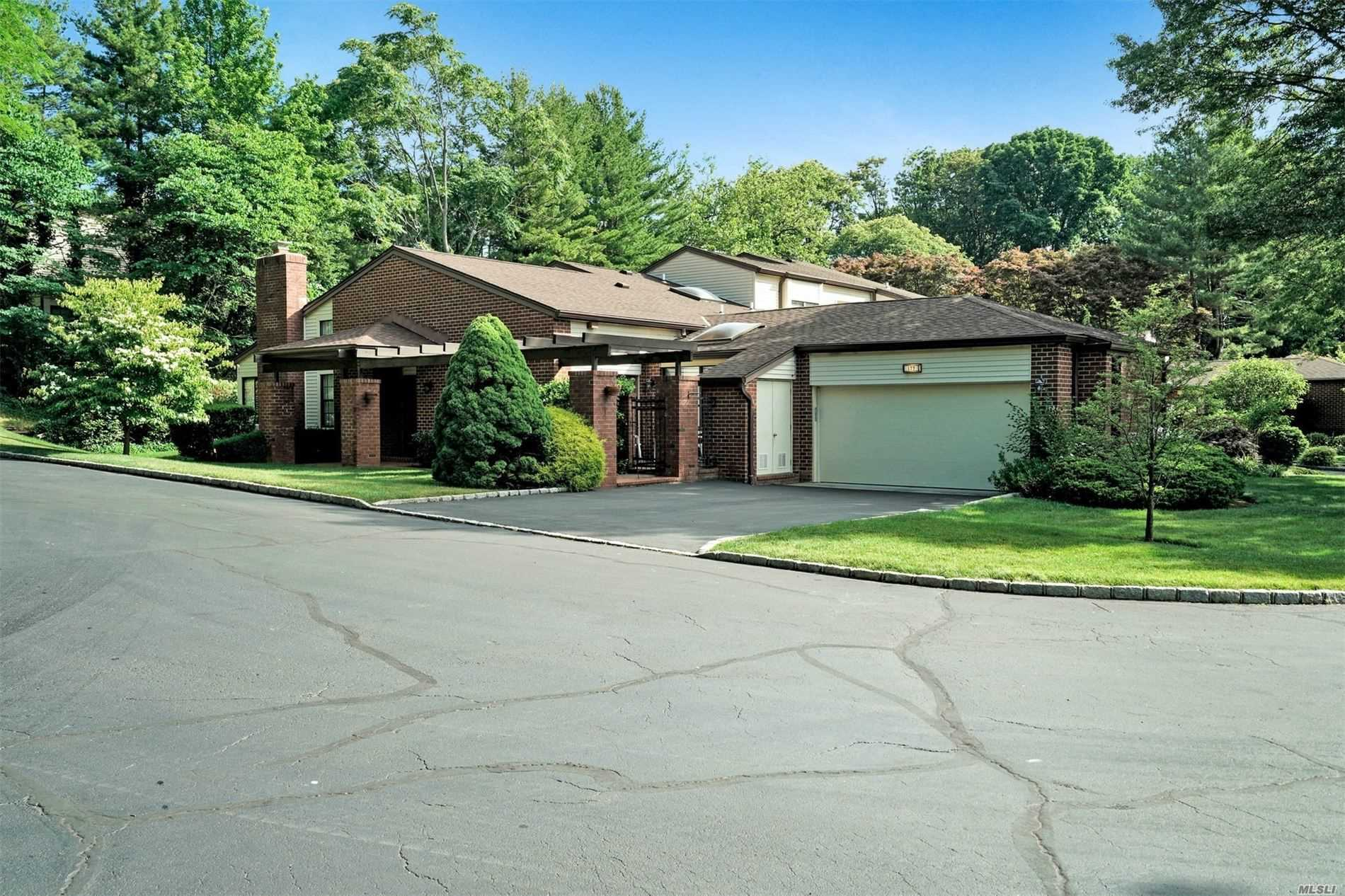 Property for sale at 177 Gannet Court, Manhasset,  New York 11030
