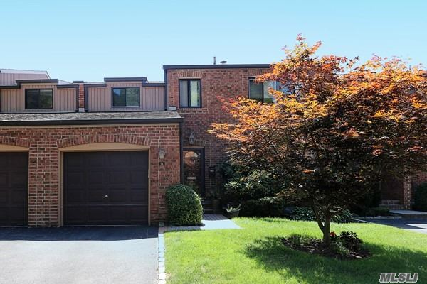 Property for sale at 34 Windsor Gate Drive, North Hills,  New York 11040