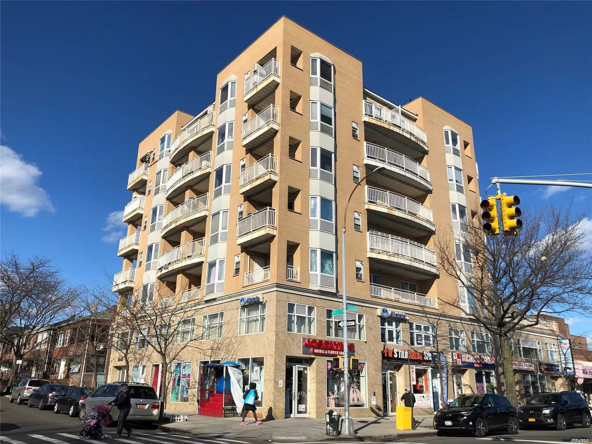 Property for sale at 9305 37th Ave Unit: 4F, Jackson Heights,  New York 11372