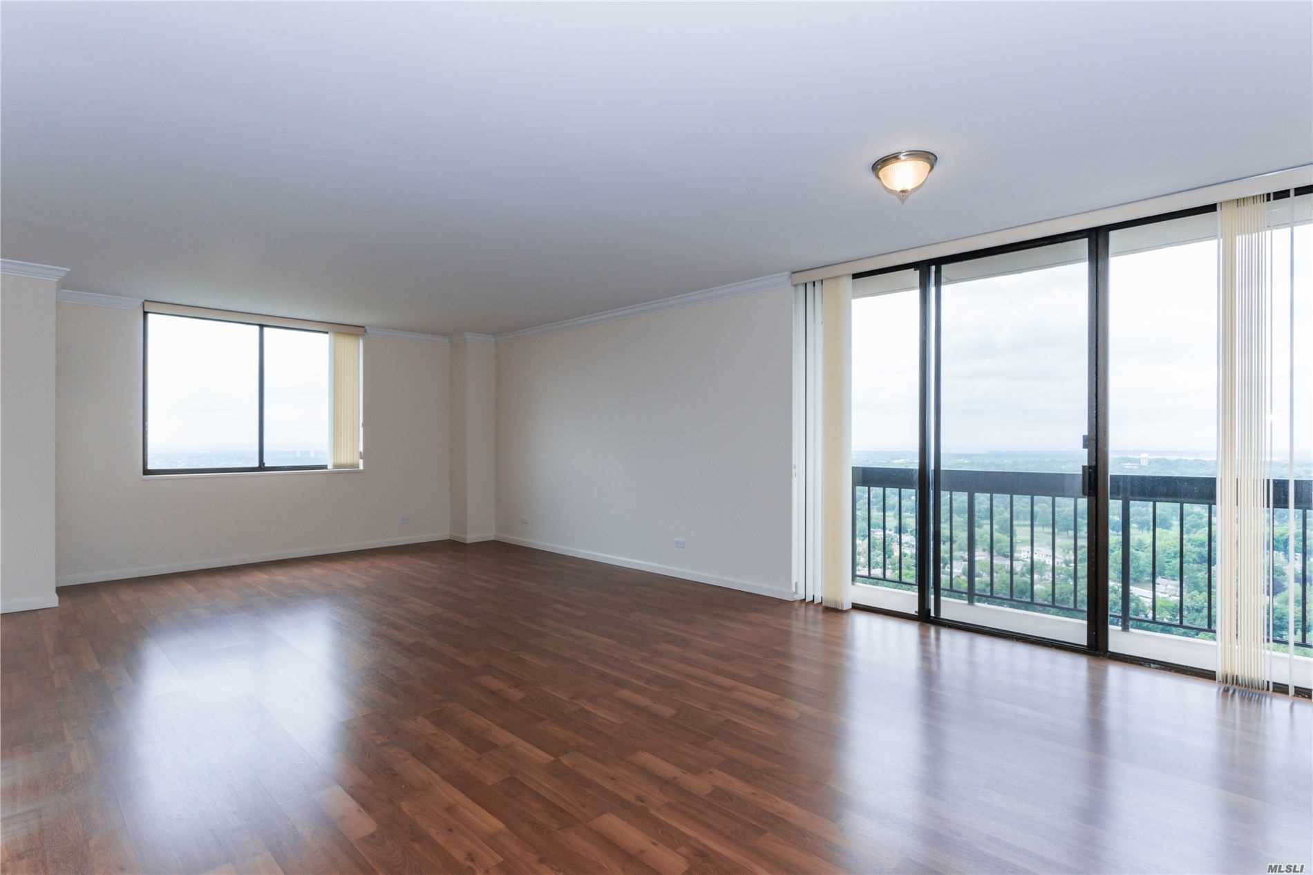 Coop Grand Central Parkway  Queens, NY 11005, MLS-3228056-6
