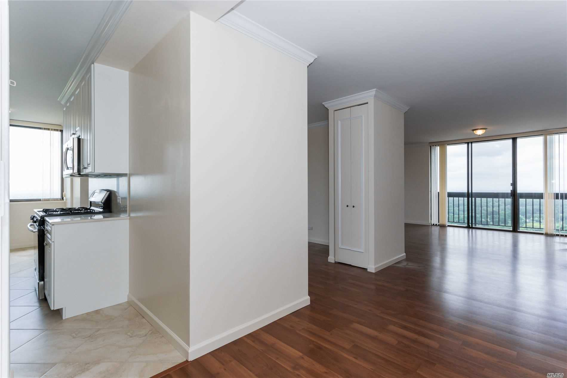 Coop Grand Central Parkway  Queens, NY 11005, MLS-3228056-3