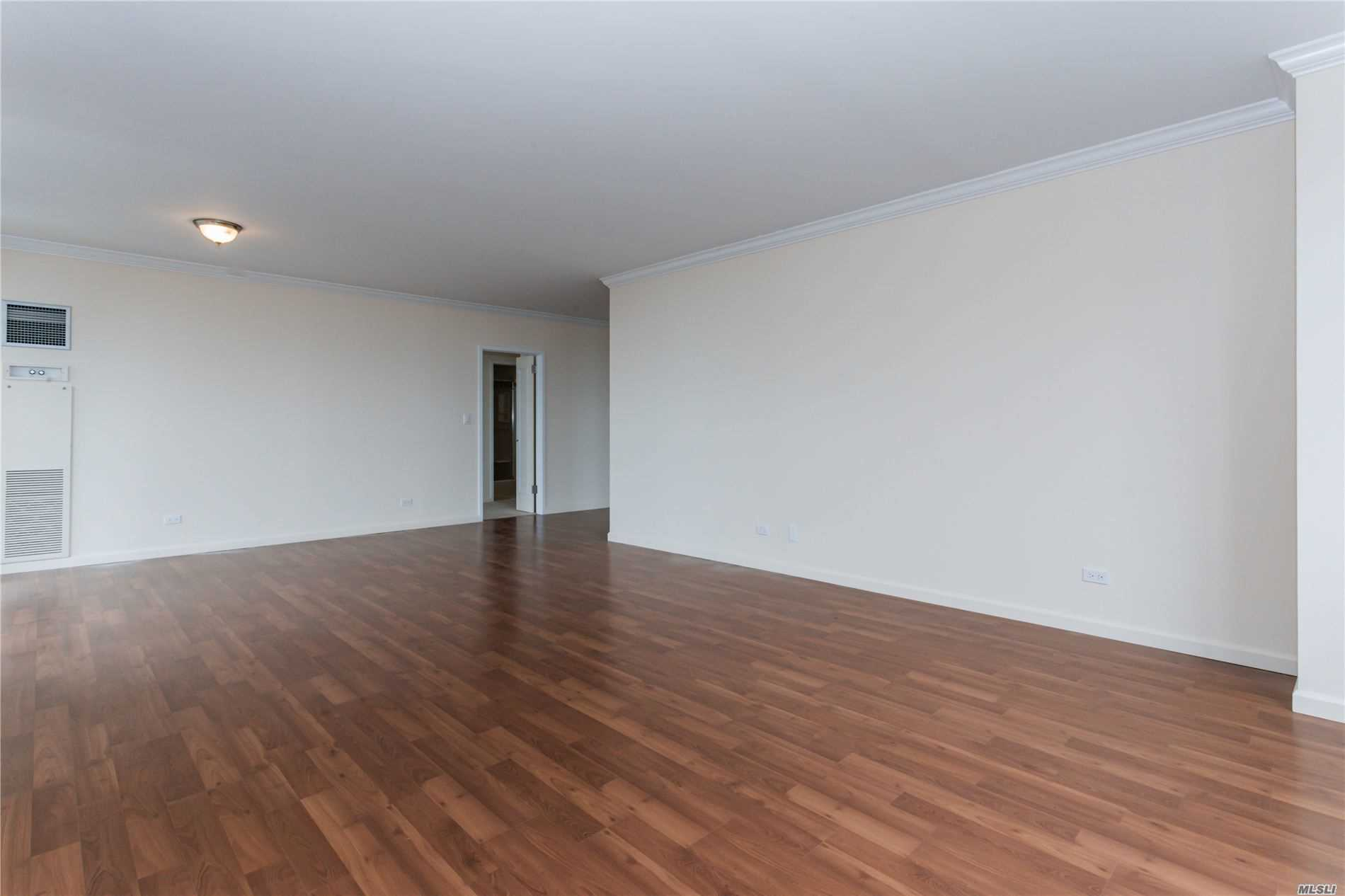 Coop Grand Central Parkway  Queens, NY 11005, MLS-3228056-5