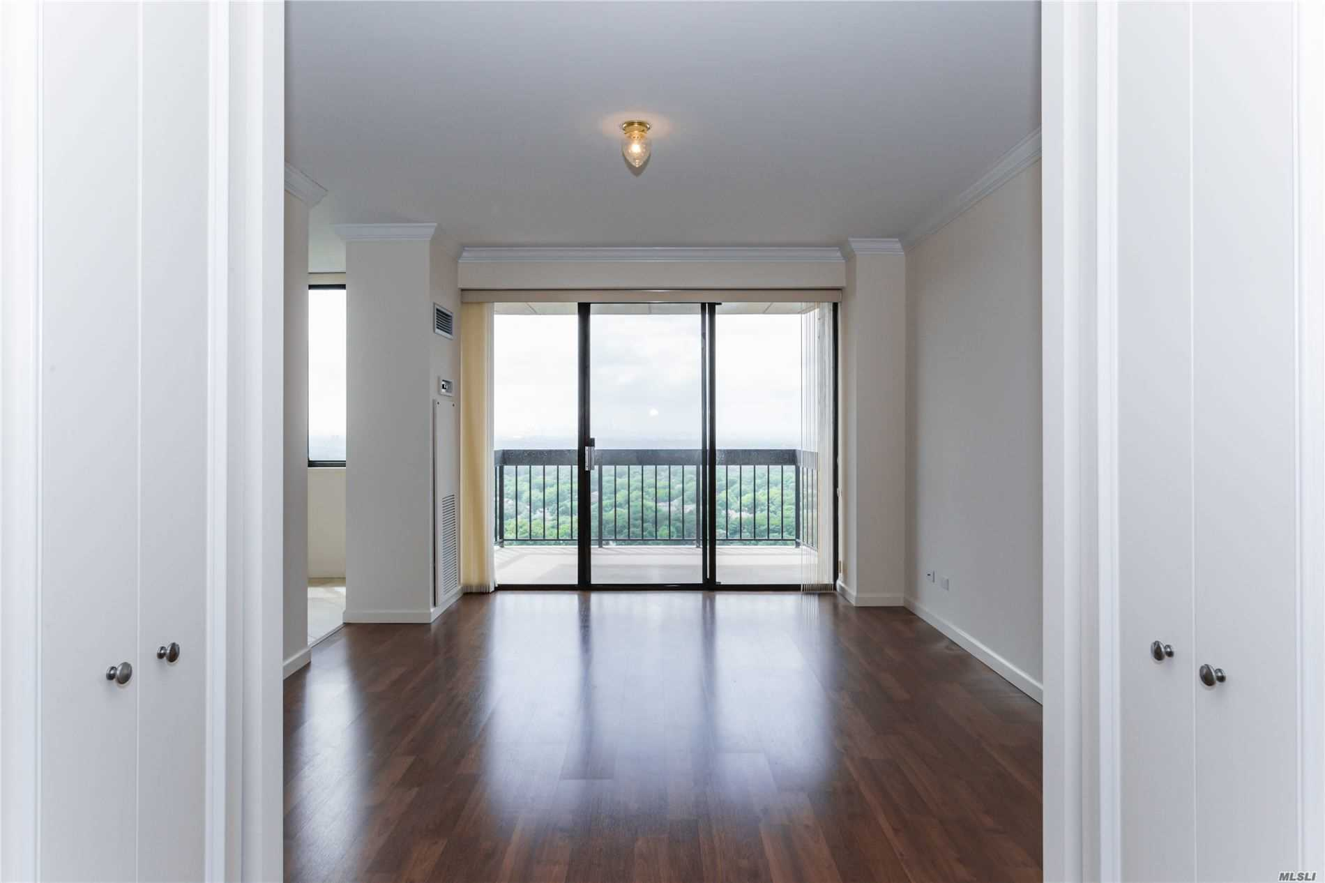 Coop Grand Central Parkway  Queens, NY 11005, MLS-3228056-10