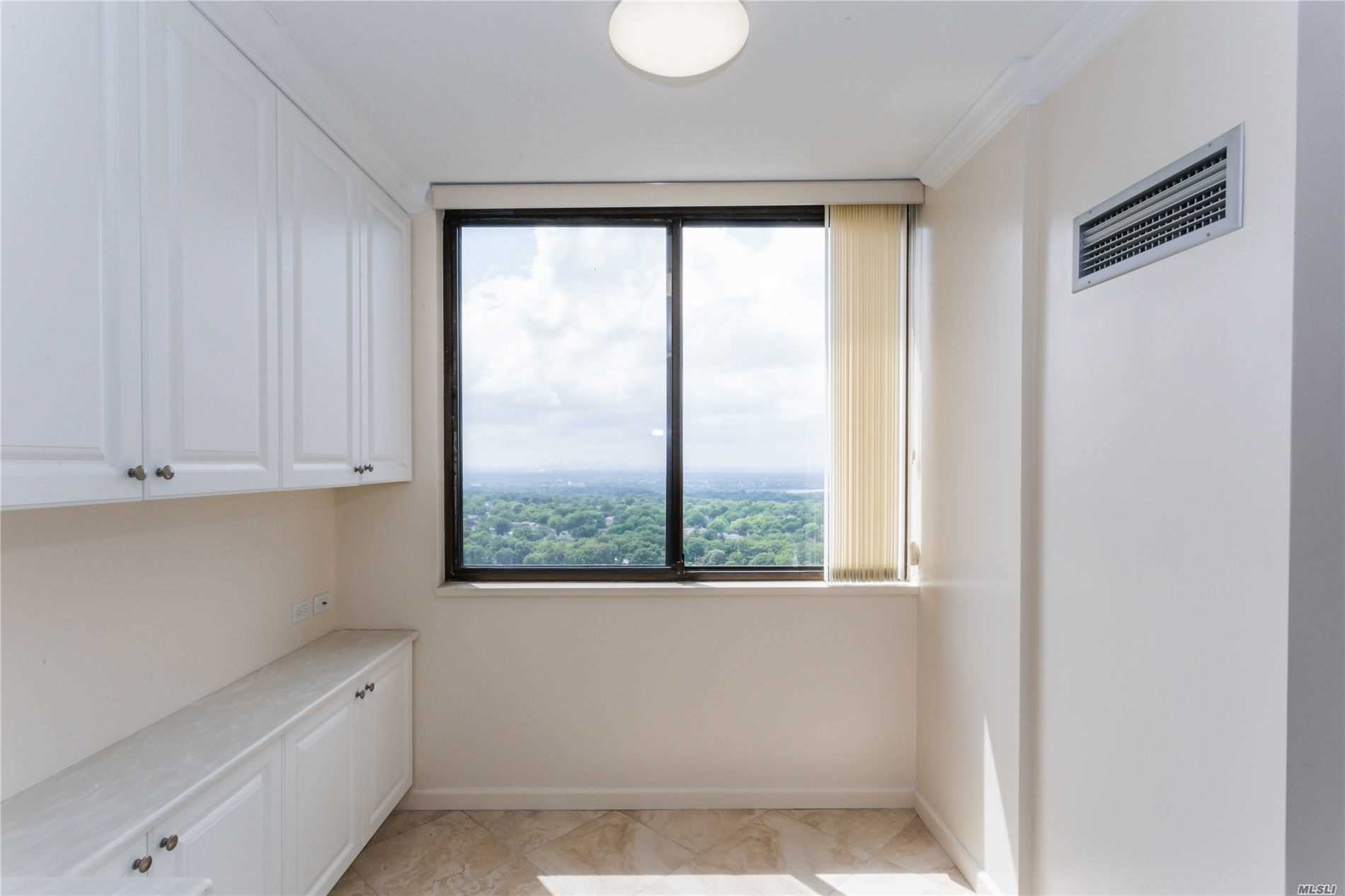 Coop Grand Central Parkway  Queens, NY 11005, MLS-3228056-14