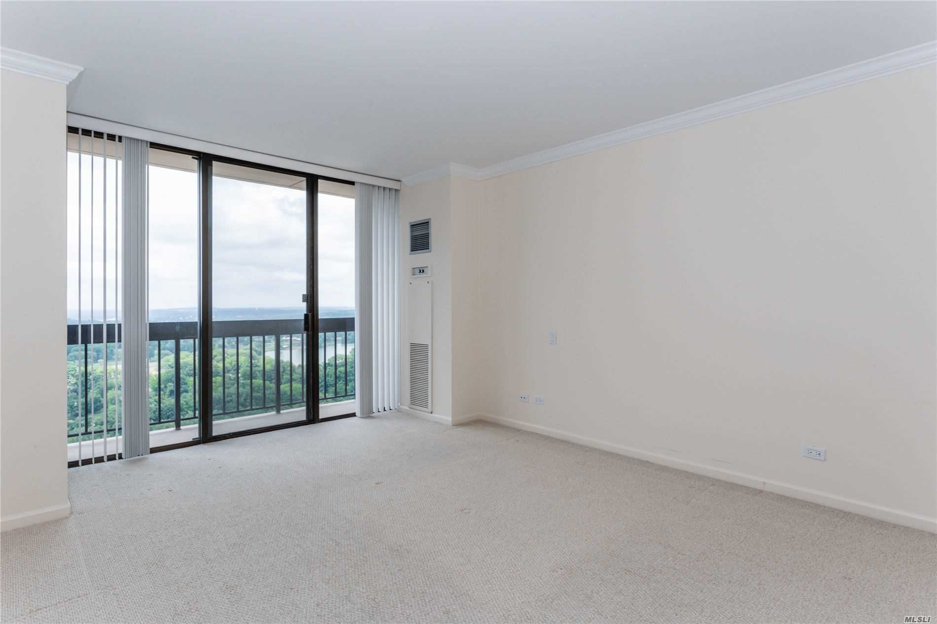 Coop Grand Central Parkway  Queens, NY 11005, MLS-3228056-19