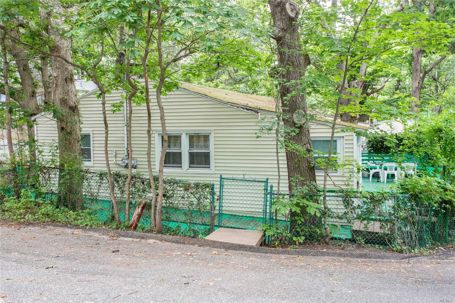 Two Family Woodcliff Trail  Suffolk, NY 11933, MLS-3228906-13