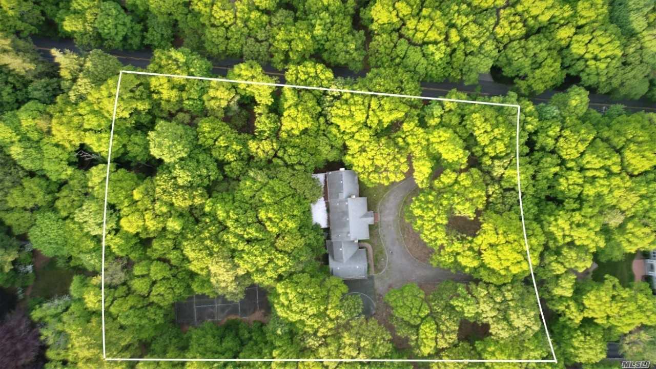 1 Woodhull Cove Lane, Old Field NY 11733