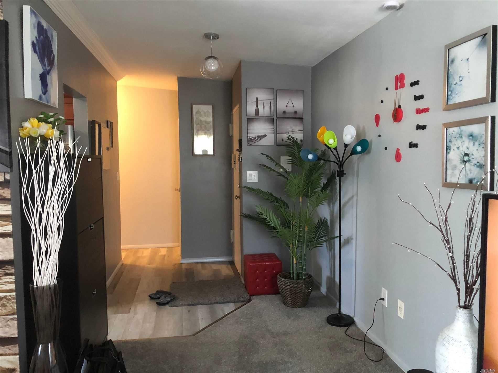 Property for sale at 259 N Newbridge Road Unit: 2B, Levittown,  New York 11756