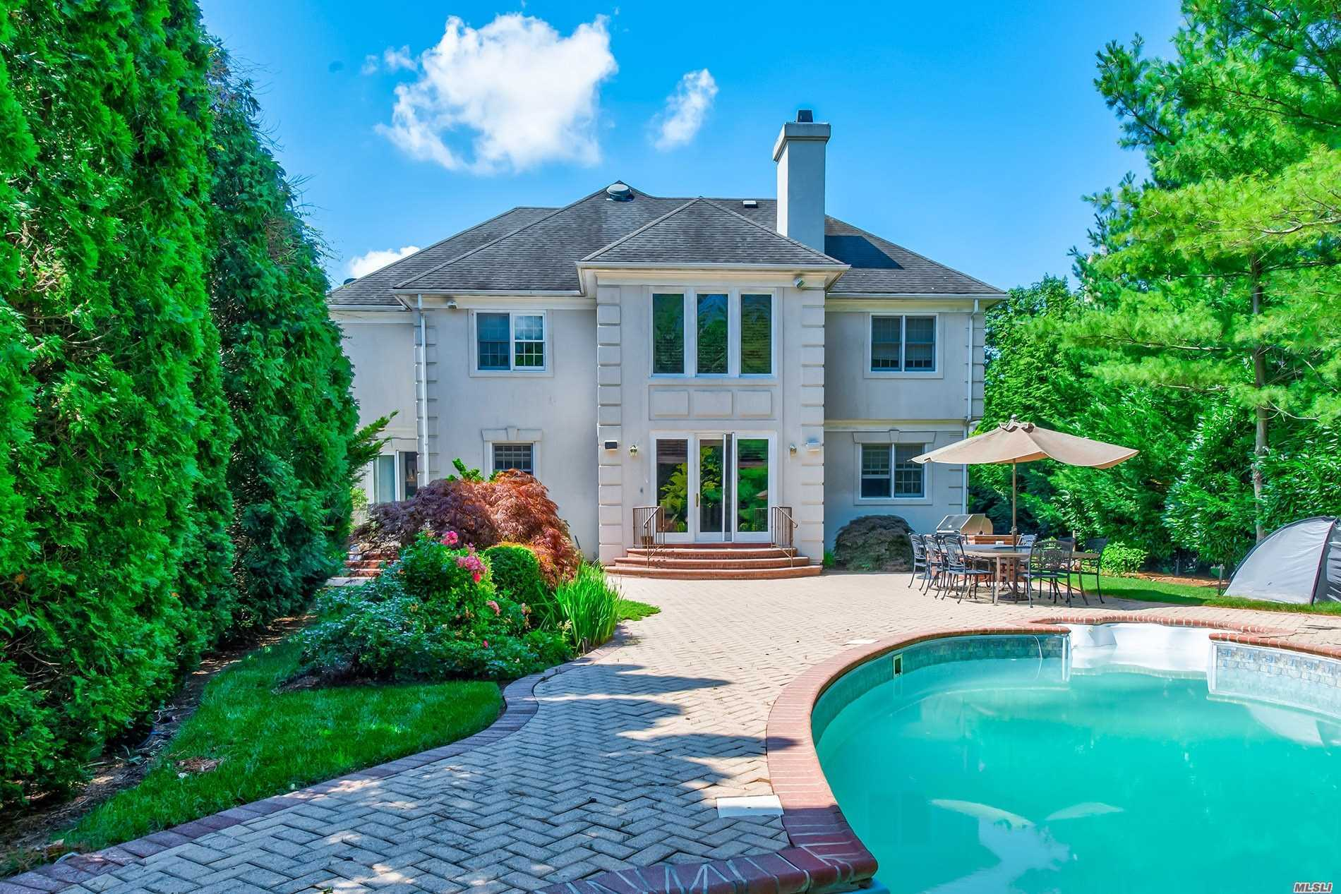 Property for sale at 47 Stone Hill Drive, Manhasset,  New York 1