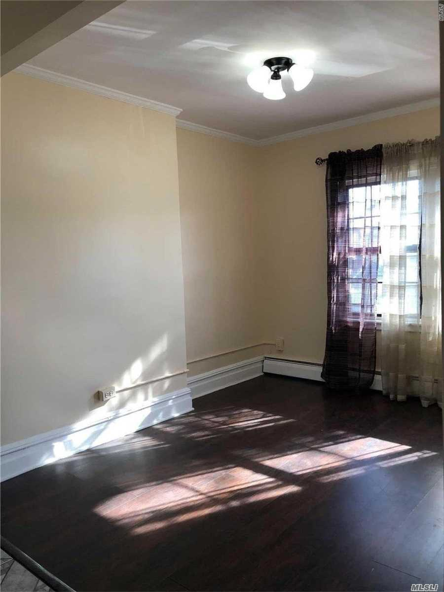 Residential Lease in Jamaica Hills - 84th Ave  Queens, NY 11432