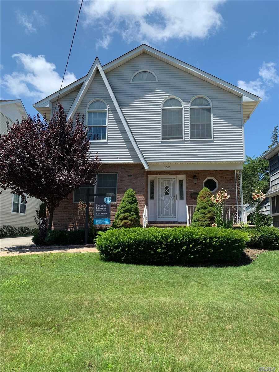Property for sale at 352 Plainfield Avenue, Floral Park,  New York 11001