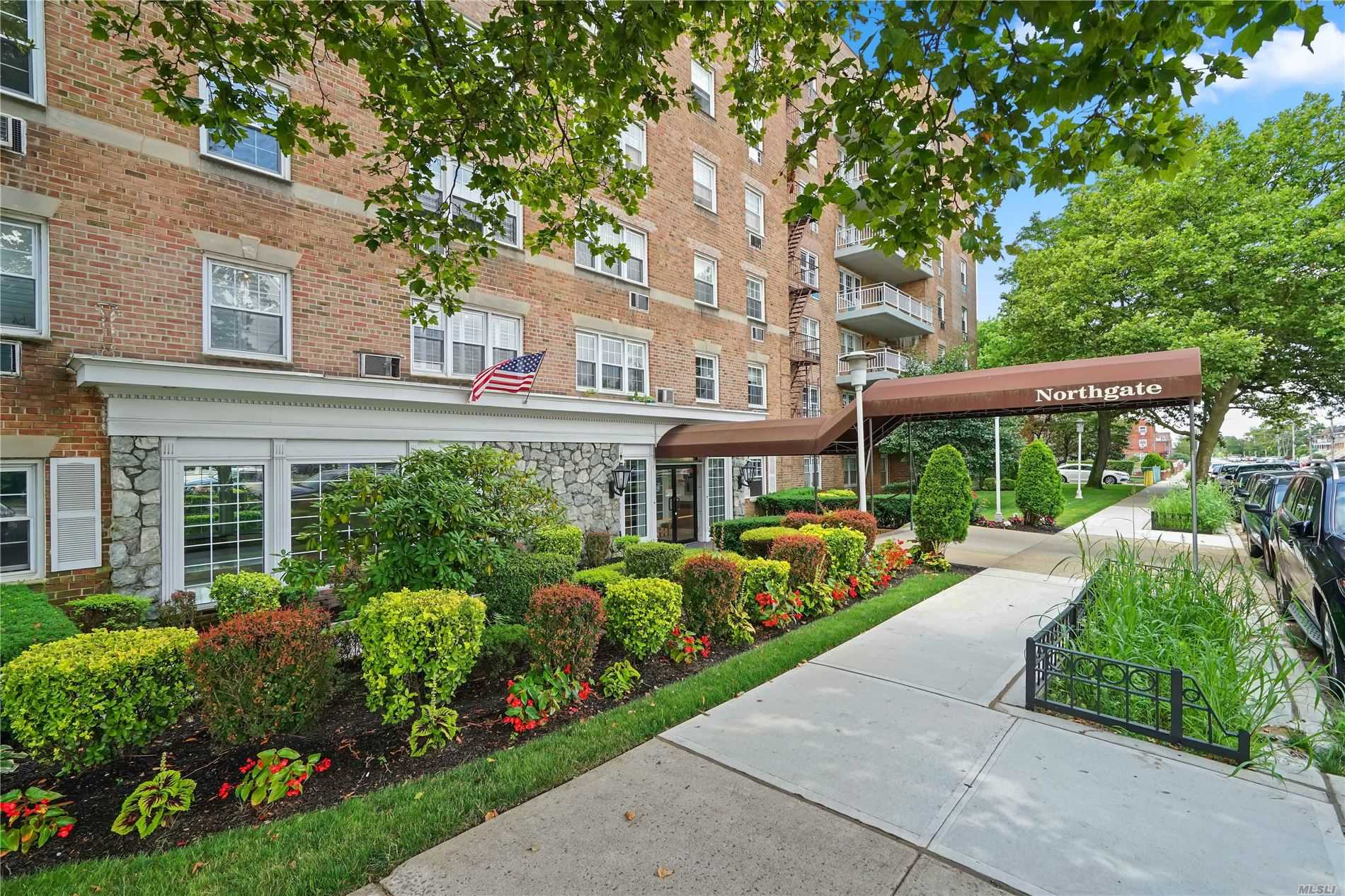 Property for sale at 87-10 149th Avenue Unit: 1B, Howard Beach,  New York 11414