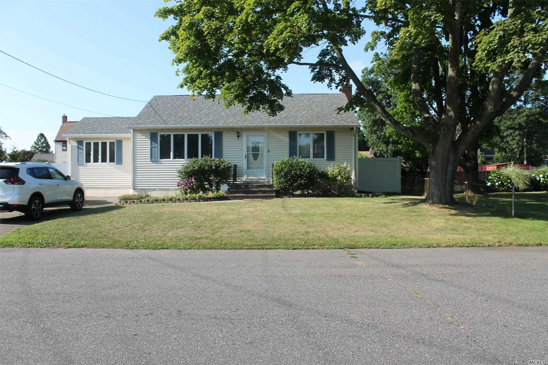 Lovely Renovated Expanded Ranch Home on a Dead End Block w/Living Rm, Large Eat-in-Kitchen w/Cherry Cabinets, Granite Countertops & SS Appliances, Sunken Den w/French Door to Backyard, 3 Bedrooms & Full Bath. Pull-Down Stairs to Attic. Full Finished Basement w/Full Bath & Laundry & Boiler Area. Fenced 75' x 100' Parcel w/Above Ground Pool. Architectural Roof, Andersen Windows, Central Air Conditioning, Oak Floors, & Low Taxes. Replaced in Last 2 Yrs: Fence, CAC, Deck, Pool Liner and Alarm.