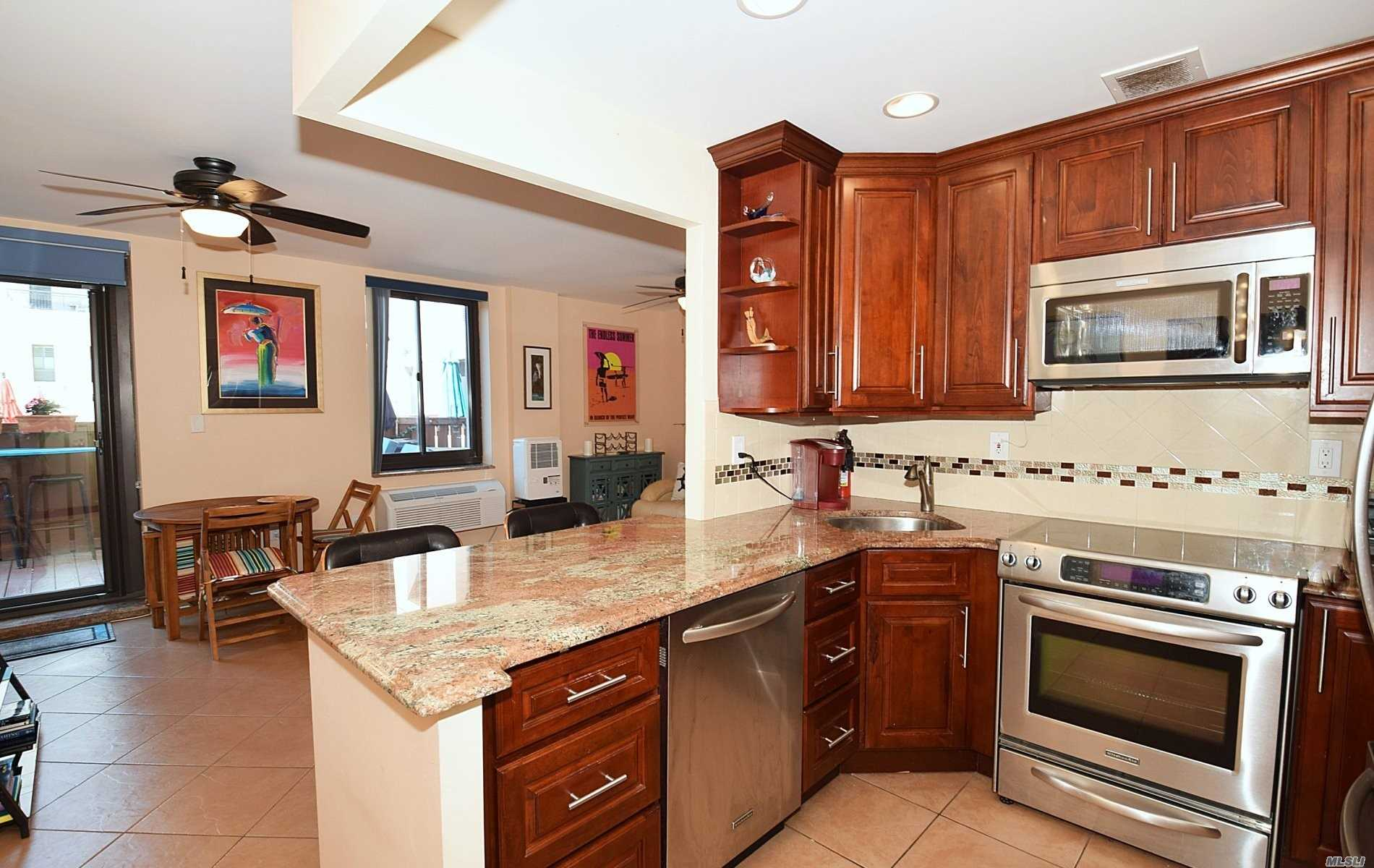 Property for sale at 100 W Broadway Unit: 1J, Long Beach,  New York 11561