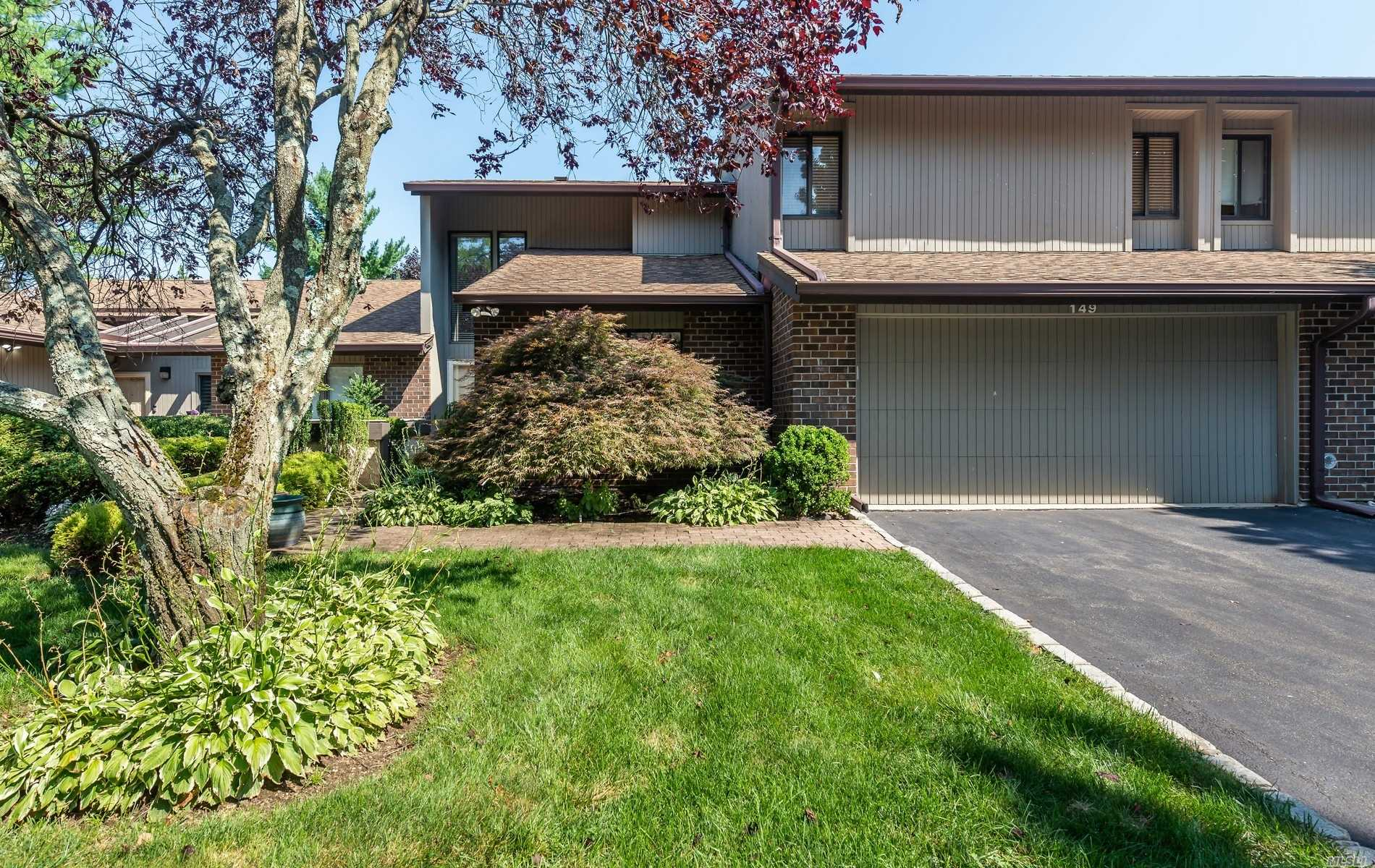 Property for sale at 149 High Pond Drive, Jericho,  New York 11753