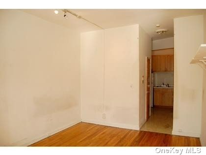 Residential Lease 85 Street  Manhattan, NY 10028, MLS-3238387-2