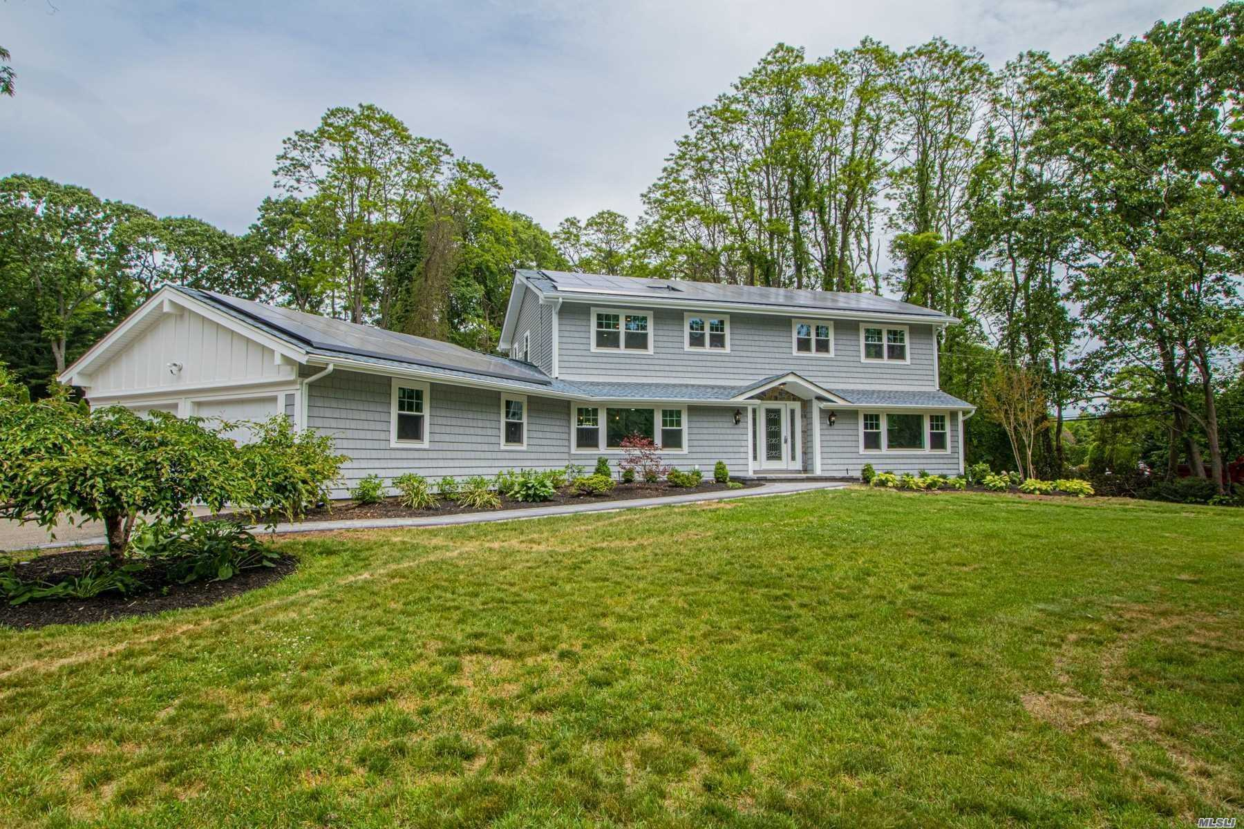 Property for sale at 1 Sleepy Hollow Lane, Dix Hills,  New York 11746