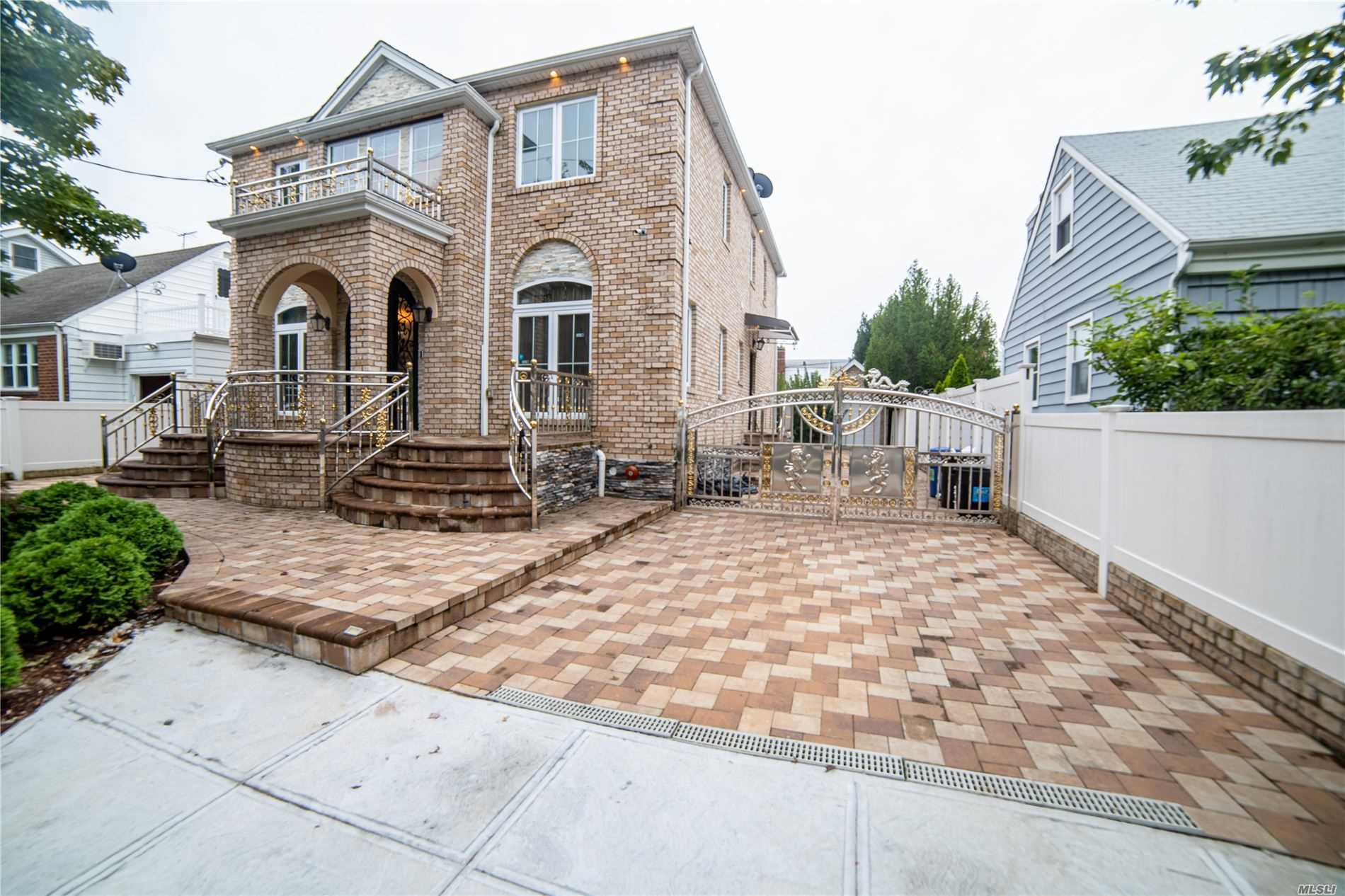 Property for sale at 82-16 261st Street, Floral Park,  New York 11004