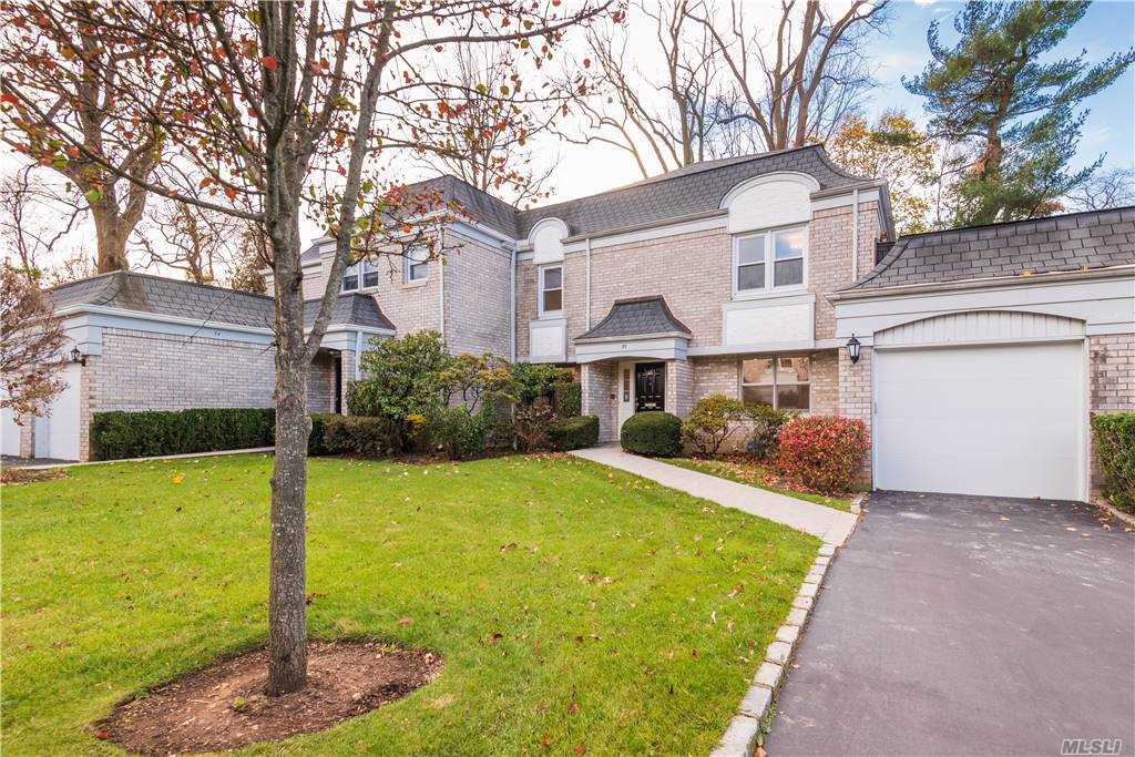 Property for sale at 35 Fairway Drive, Manhasset,  New York 11030