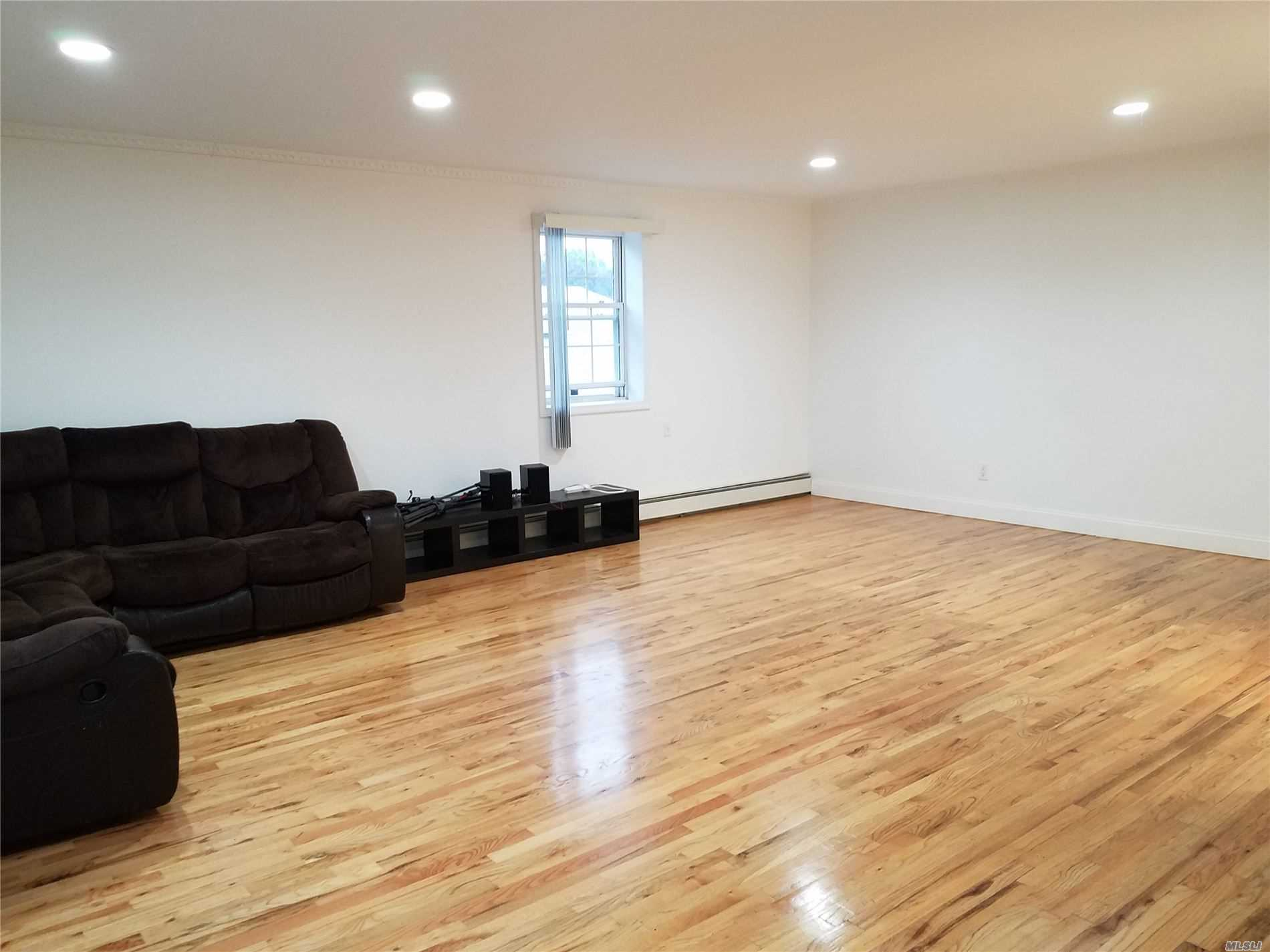 Residential Lease Melbourne Avenue  Queens, NY 11367, MLS-3241362-2