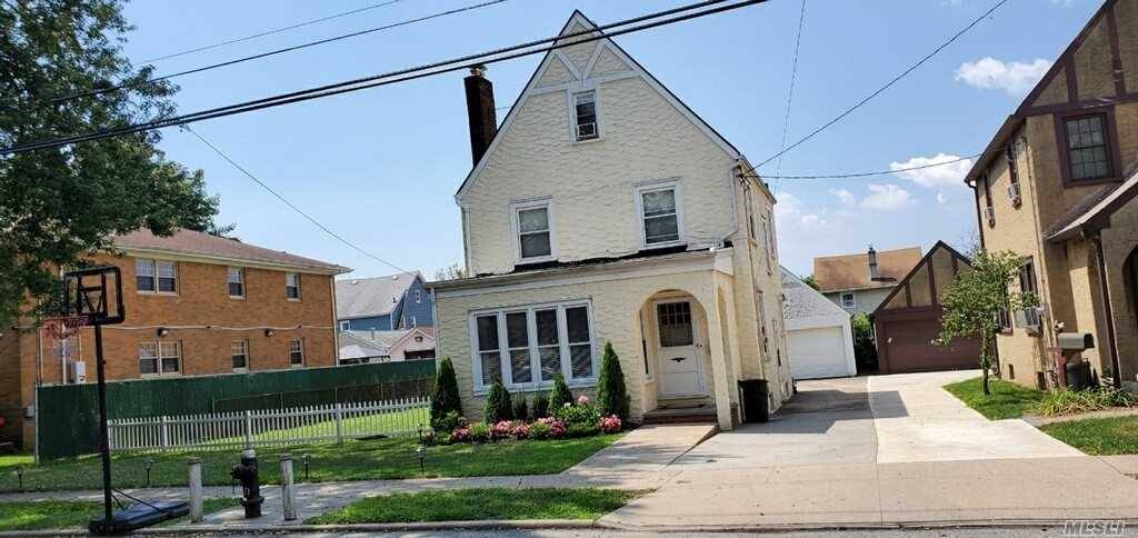 Property for sale at 86-22 261 Street, Floral Park,  New York 11001