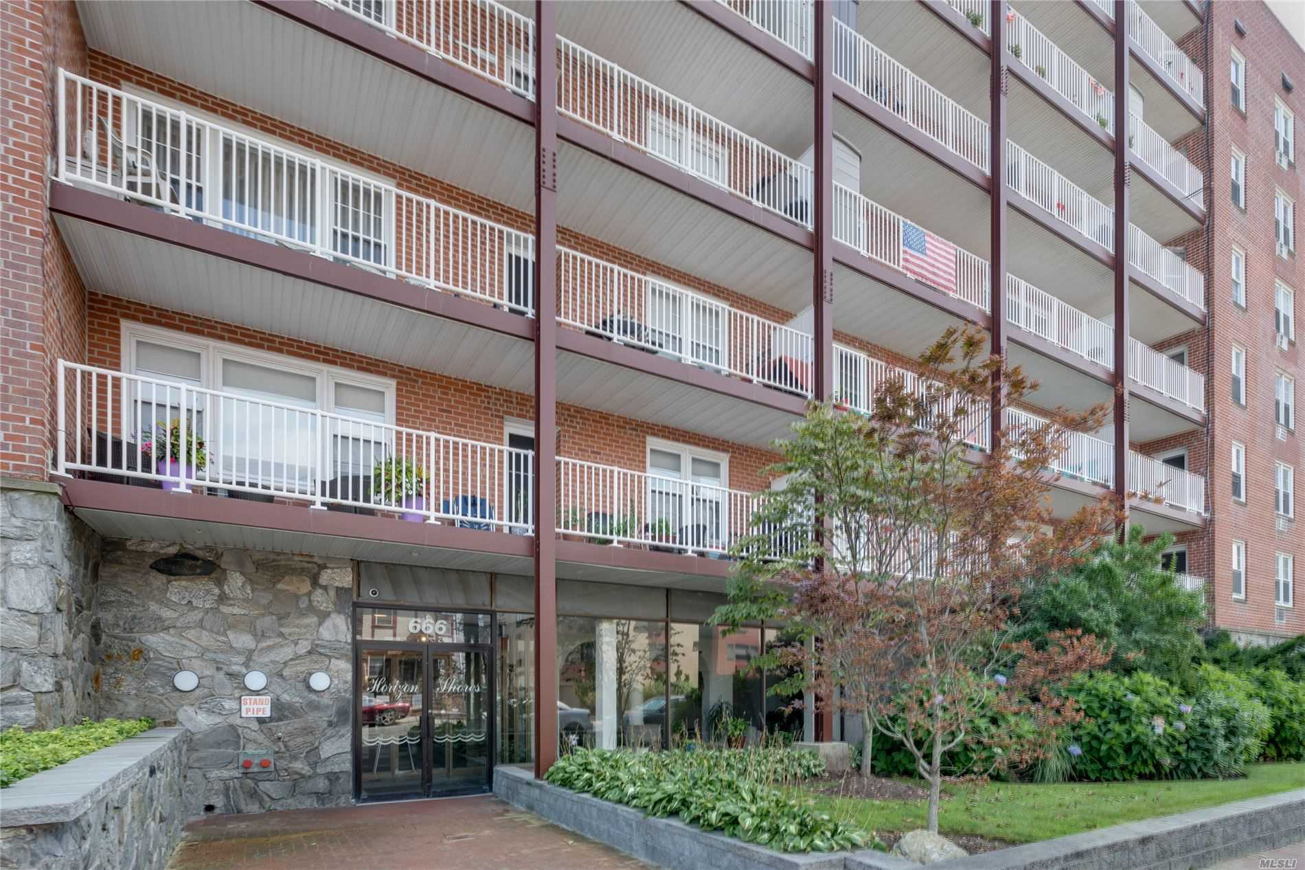 Property for sale at 666 Shore Road Unit: 4j, Long Beach,  New York 11561