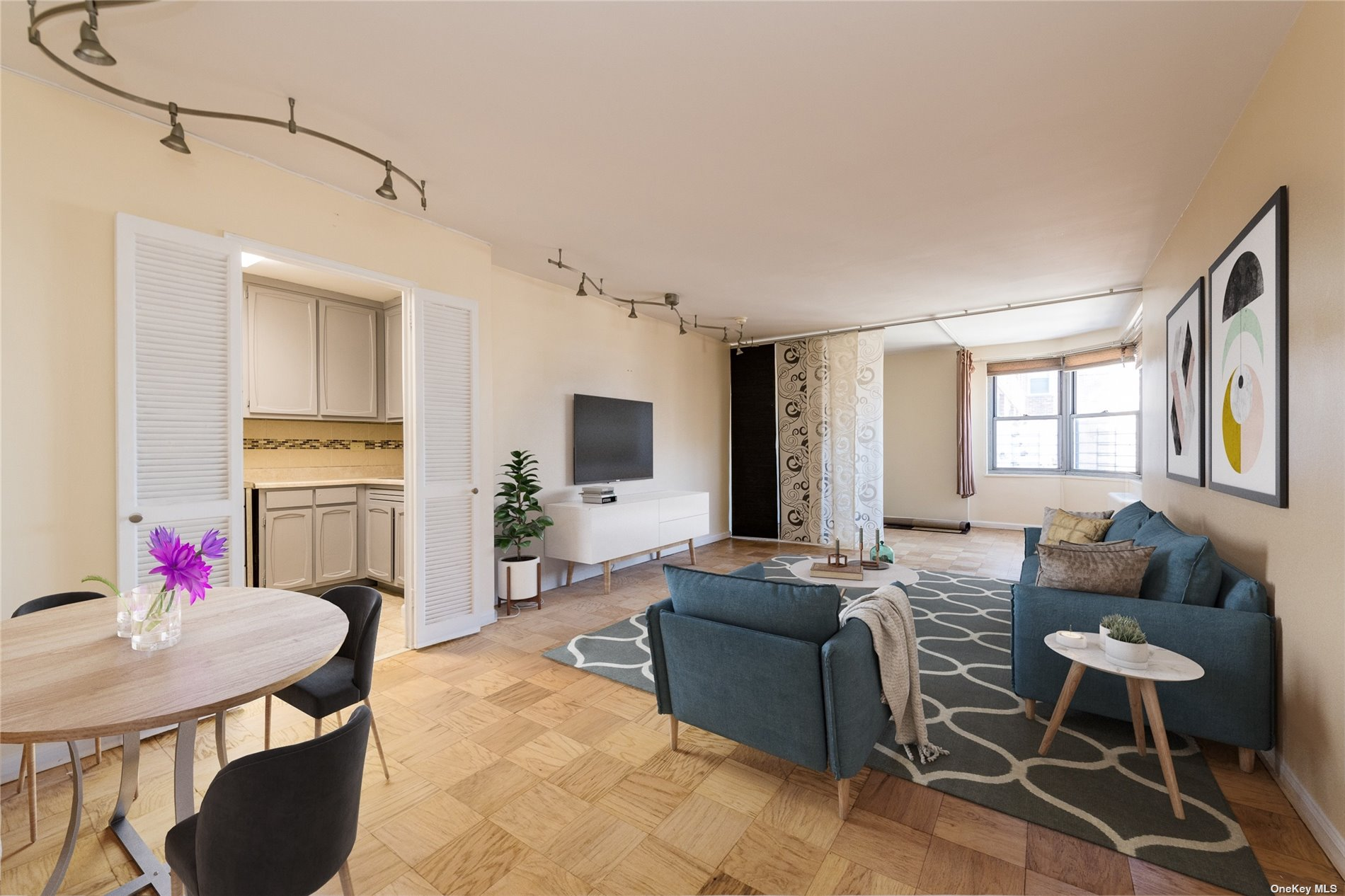 Property for sale at 70-25 Yellowstone Boulevard Unit: 17B, Forest Hills,  New York 11375