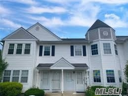 Property for sale at 28 Country View Lane, Middle Island,  New York 1