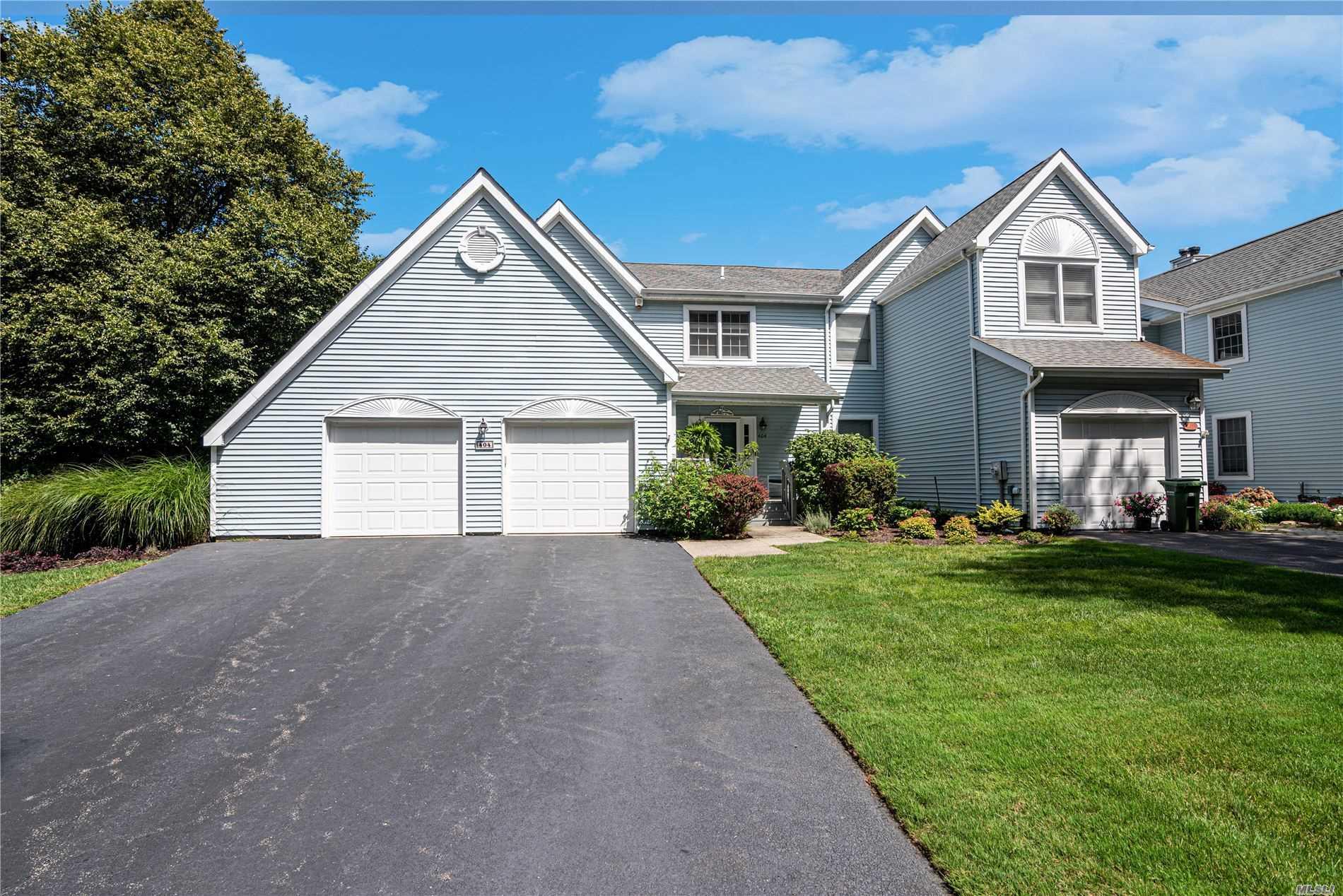 Property for sale at 404 Mountain Ridge Drive, Mt. Sinai,  New York 11766