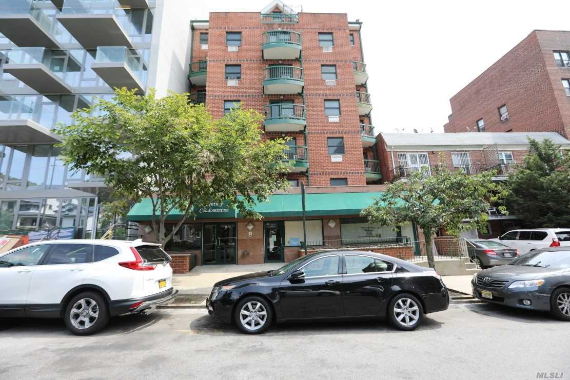 Property for sale at 83-71 116 Street Unit: 4E, Kew Gardens,  New York 11415