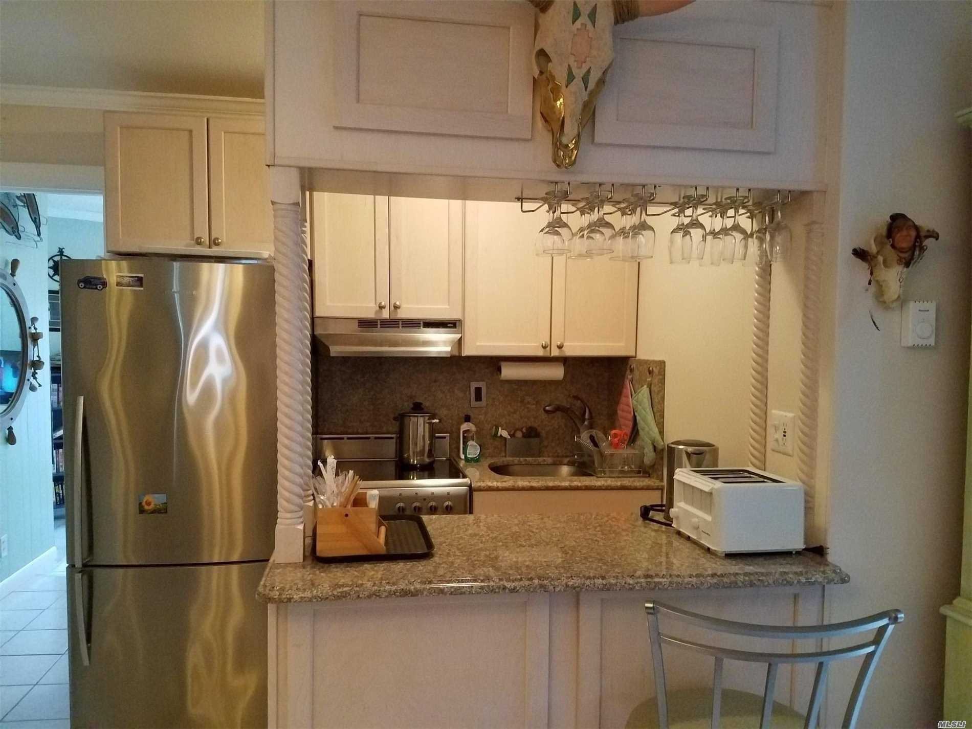 Property for sale at 52325 E County Rd 48 Road Unit: 42, Southold,  New York 11971