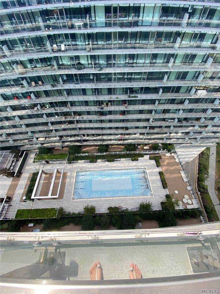 Property for sale at 131-40 40 Road Unit: PH1N, Flushing,  New York 11354