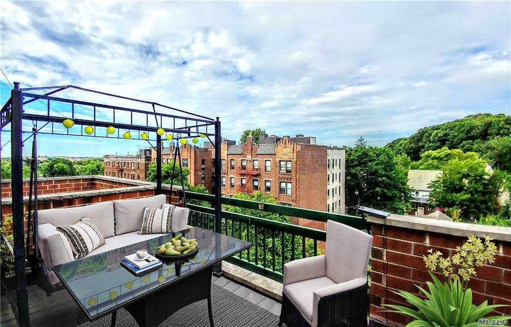 Property for sale at 83-71 116th Street Unit: PH 7A, Kew Gardens,  New York 11418