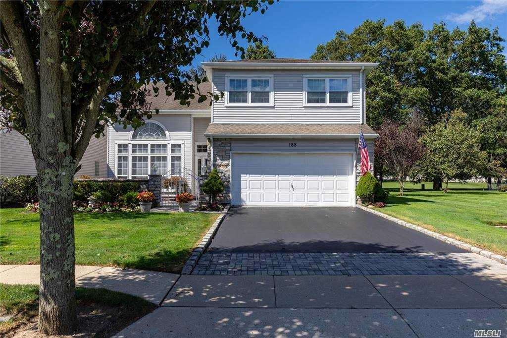 Property for sale at 188 Windwatch Drive, Hauppauge,  New York 11788