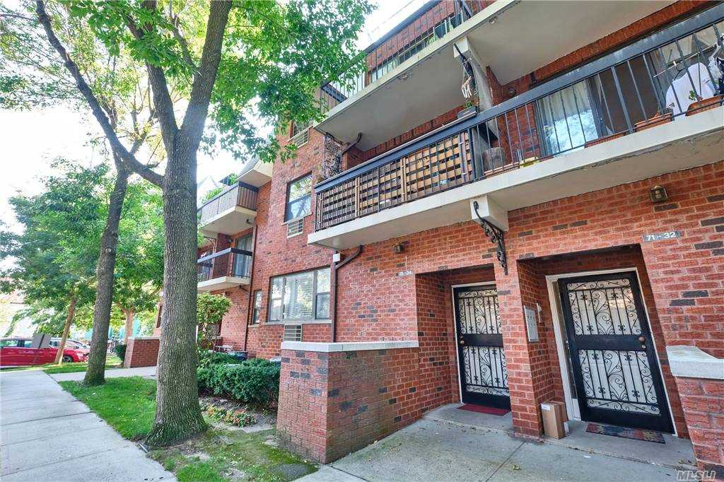 Property for sale at 71-34 Sutton Place Unit: 2F, Fresh Meadows,  New York 11365