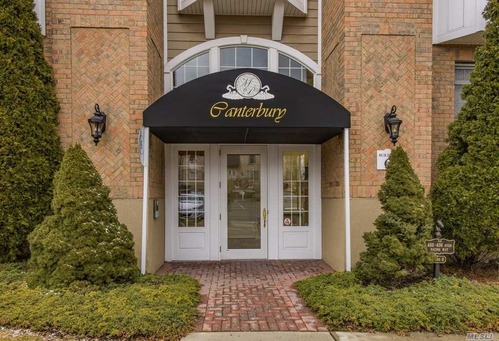 Property for sale at 406 Pacing Way, Westbury,  New York 11590