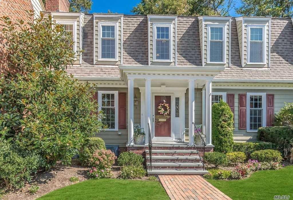 Property for sale at 18 Duke Of Gloucester, Manhasset,  New York 11030