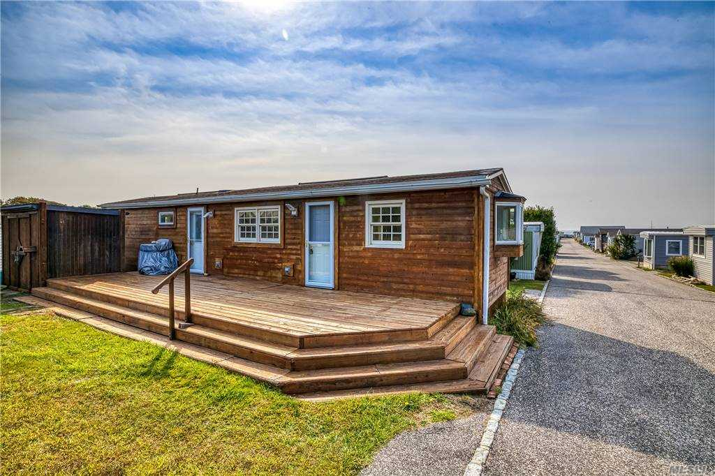Property for sale at 100 Deforest Road Unit: 636, Montauk,  New York 11954